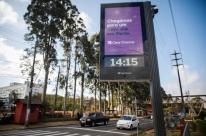 Porto Alegre já tem 15 relógios de rua com wi-fi de graça