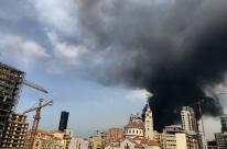 Um mês após desastre, Líbano sofre outra explosão no armazém no porto de Beirute