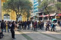 Trabalhadores dos Correios realizam ato centralizado em Porto Alegre