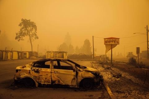 Área consumida pelo fogo na Califórnia é a maior desde 1987