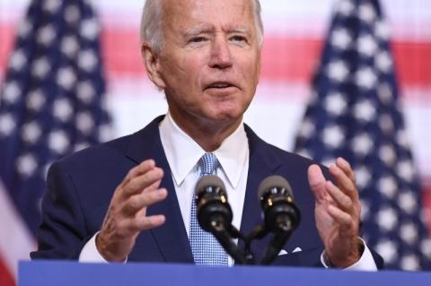 Biden tem 5 pontos de vantagem sobre Trump, aponta pesquisa da Fox News