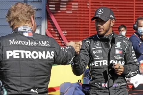 Hamilton supera Bottas por 0s059 na Toscana e conquista 95ª pole na Fórmula 1