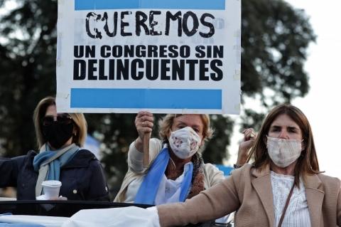 Câmara da Argentina aprova imposto sobre grandes fortunas