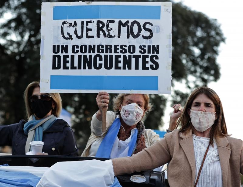 Estima-se que o imposto atingirá entre 9 mil e 12 mil das pessoas mais ricas de toda a Argentina