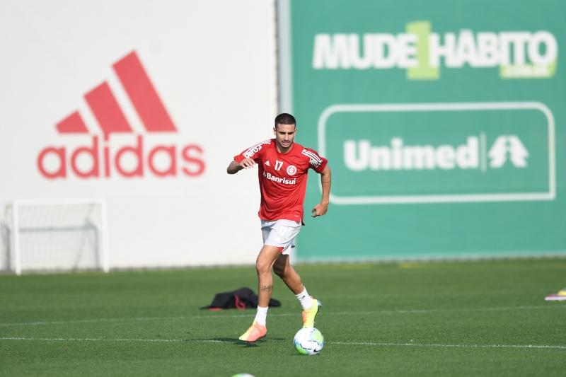 Artilheiro do Brasileiro, Galhardo vive principal momento da carreira