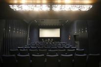 Cinemas e teatros poderão reabrir em cidades com bandeira amarela ou laranja no RS