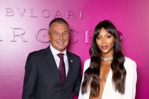 Jean Christophe Babin, CEO da Bulgari, com Naomi Campbell