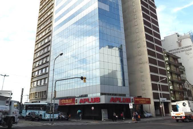 Imóveis localizados no Centro da capital gaúcha estão entre os bens a serem vendidos