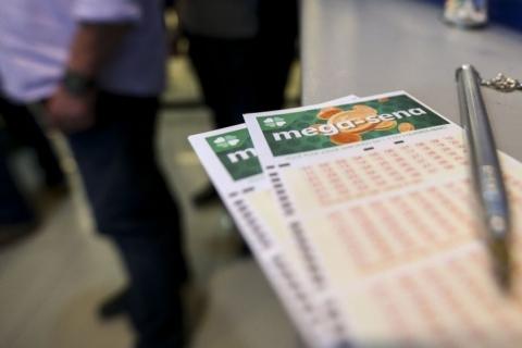 Resultado das loterias: Mega-Sena não tem acertador e acumula em R$ 43 milhões
