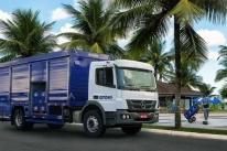 Mercedes-Benz vende 450 caminhões para transporte de bebidas da Ambev