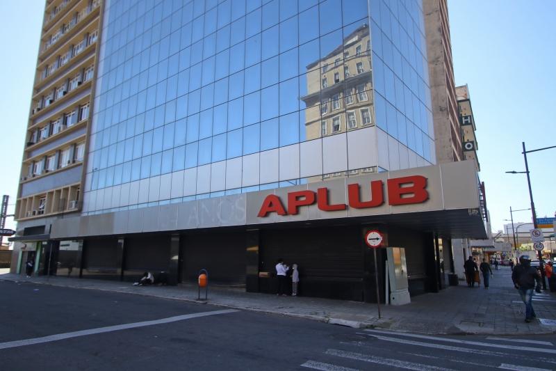 Leilão de imóveis, incluindo os dois prédios em Porto Alegre, ocorrerá no dia 1º de dezembro