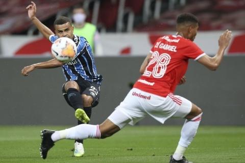 Grenal 427 - Libertadores: Grêmio vence Inter por 1 a 0 no Beira-Rio e embola Grupo E