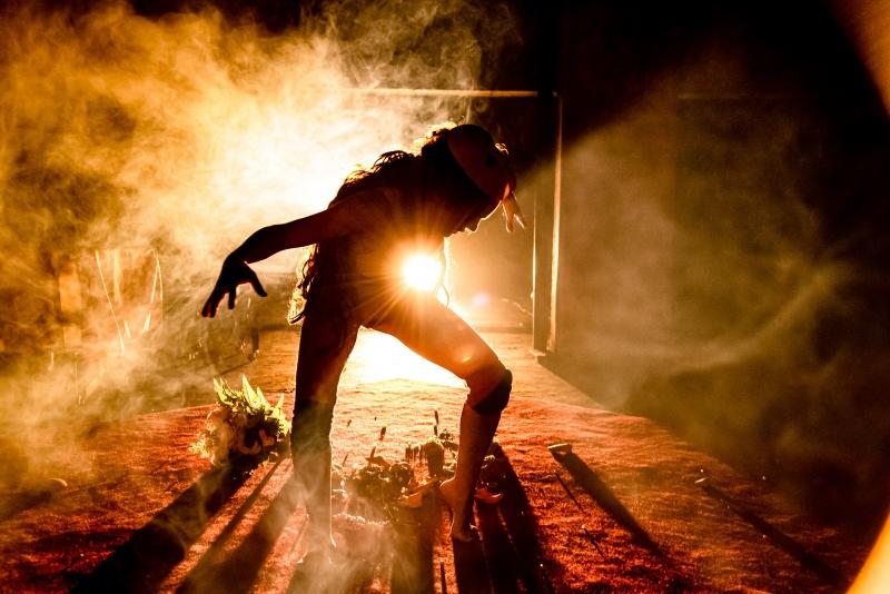 EM CENA - 'Stabat Mater', peça de Janaína Leite, será exibida e debatida em oficina de dramaturgia