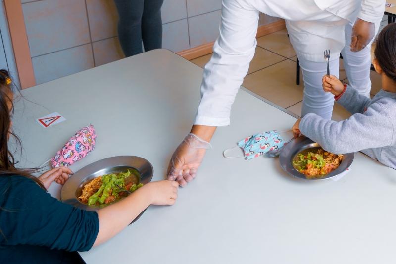 Prefeitura  de Porto Alegre voltou a ofertar almoço para alunos da Educação Infantil
