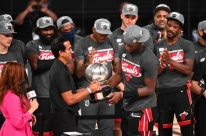 Heat bate Celtics, faz 4 a 2 na final do Leste e decide a NBA contra os Lakers
