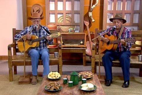 Duplas caipiras e violonista Vicente Paschoal estão na TV Brasil neste domingo