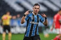 Grêmio: Porto fecha cerco por Pepê