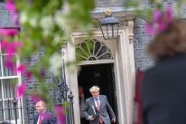 Johnson faz duras críticas à UE e diz que prepara Reino Unido para Brexit sem acordo