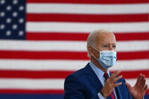 Biden amplia vantagem sobre Trump após debate e tem 57% das intenções de voto