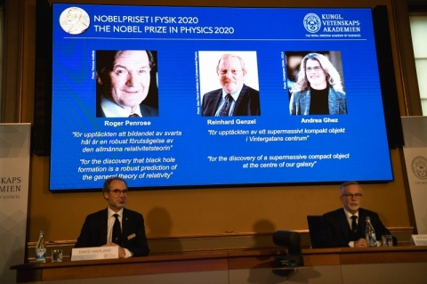 Pesquisas sobre buracos negros rendem o Prêmio Nobel de Física de 2020