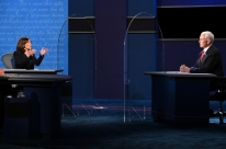 Debate entre vices foi neutro para disputa à Casa Branca, dizem analistas
