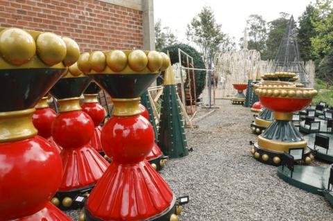 Perto da abertura do Natal Luz, ruas de Gramado vão começar a ser decoradas