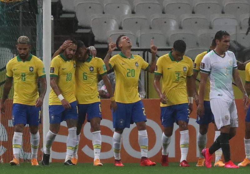 Seleção comandada por Tite goleou a Bolívia por 5 a 0 em sua estreia