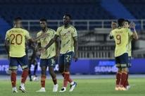 Sem sustos, Colômbia precisa de apenas um tempo para bater a Venezuela por 3 a 0