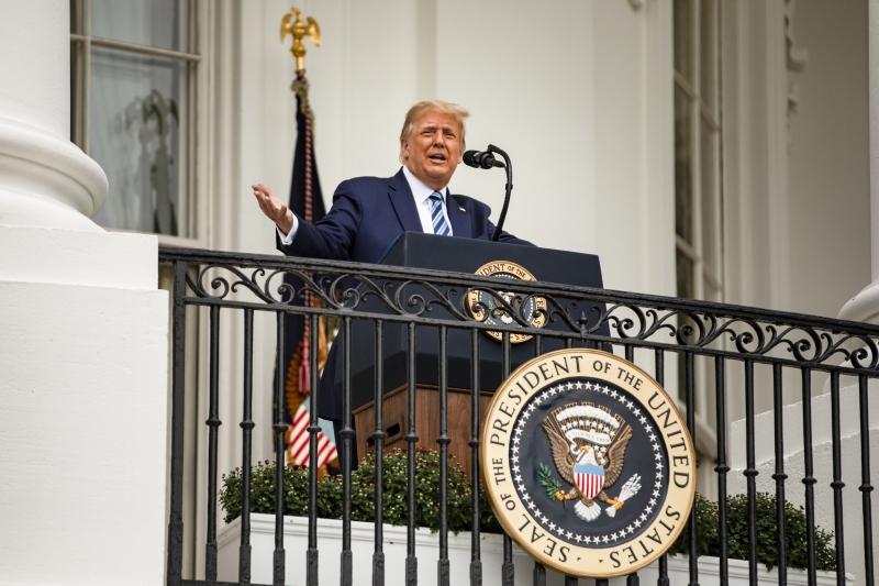Presidente também disse que uma vacina contra o coronavírus estaria pronta 'muito, muito em breve'