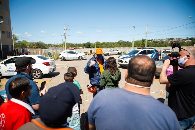 Laudo técnico feito após perícia comprovou estabilidade da obra, liberando famílias para retornarem