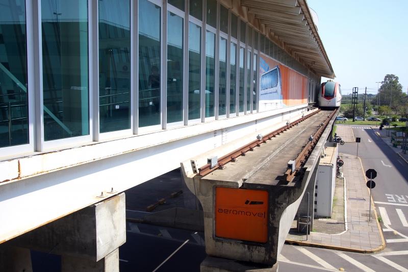Ligação entre a estação Trensurb e o aeroporto voltou a funcionar, com horário restrito ainda