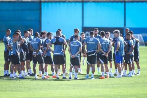 Grêmio preserva titulares para encarar o Athletico-PR neste domingo