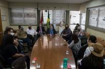 Em greve, trabalhadores do Imesf são recebidos na Câmara de Porto Alegre