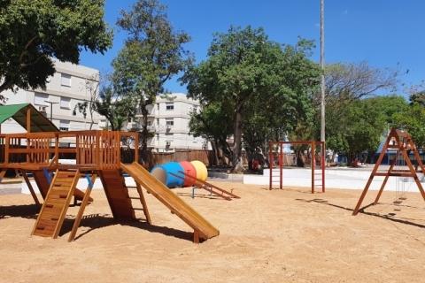 Remodelada, praça dos Brinquedos é reinaugurada em São Leopoldo