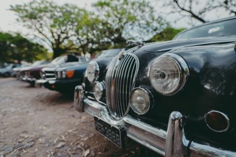 Shopping Total terá drive-thru de doações em passeio solidário de carros antigos