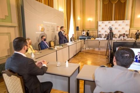 Eduardo Leite libera R$ 36,1 milhões a hospitais para combate à Covid