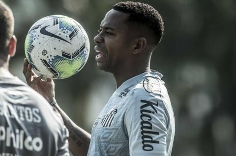 Patrocinadores dizem que só ficam no Santos se clube desistir de Robinho