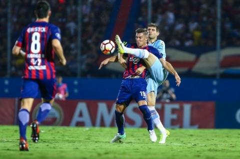 Grêmio encaminha acerto com atacante Diego Churin, do Cerro Porteño