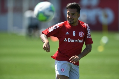 Coudet tem os retornos de Heitor e Musto para a Libertadores