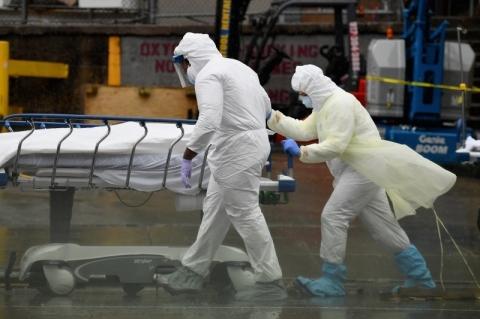 Estudo do governo norte-americanoaponta registro de 300 mil mortes a mais nos EUA em 2020