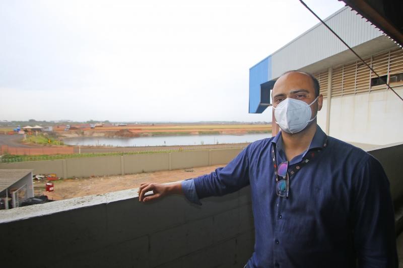 Fotos de obras na pista do Aeroporto Salgado Filho - Porto Alegre Na foto: Julio Silva
