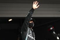 Em Portugal, Hamilton desbanca Bottas na última volta e conquista 97ª pole na F-1