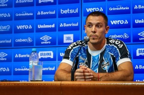 Argentino Diego Churín chega como opção ao ataque do Grêmio