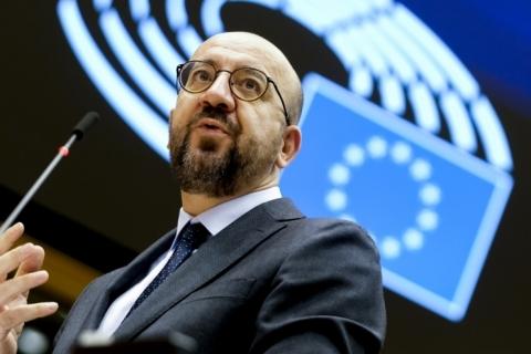 Conselho da UE pede união no combate à Covid-19 e descreve situação como 'alarmante'