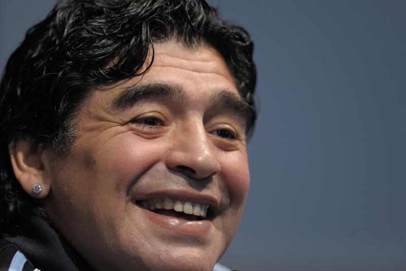 Maior ídolo do futebol argentino sofreu uma parada cardiorrespiratória