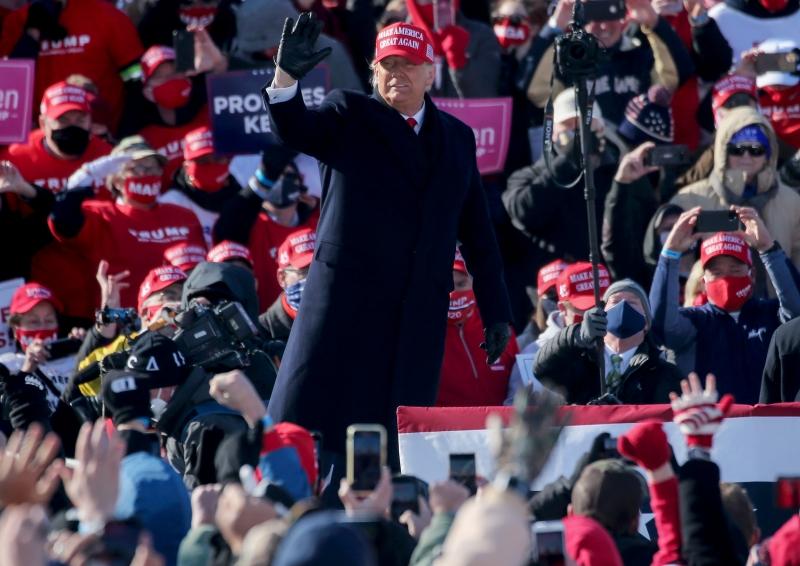 Durante comício no fim de semana, Trump prometeu que, se vencer, não haverá lockdown