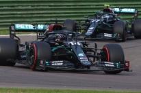 Toto Wolff revela que a Mercedes manterá a cor preta em seus carros em 2021