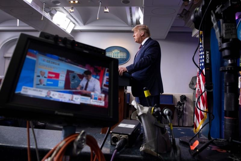 Atual presidente dá sinais cada vez mais fortes de que não irá aceitar a derrota nas urnas