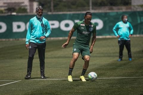 Adversário do Inter no domingo pelo Brasileiro, Coritiba confirma cinco casos de Covid-19