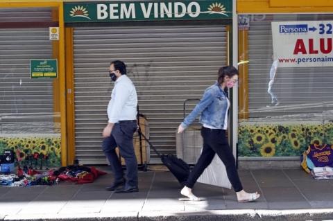 Com números da pandemia subindo, Comitê de Dados do RS já discute possíveis novas restrições
